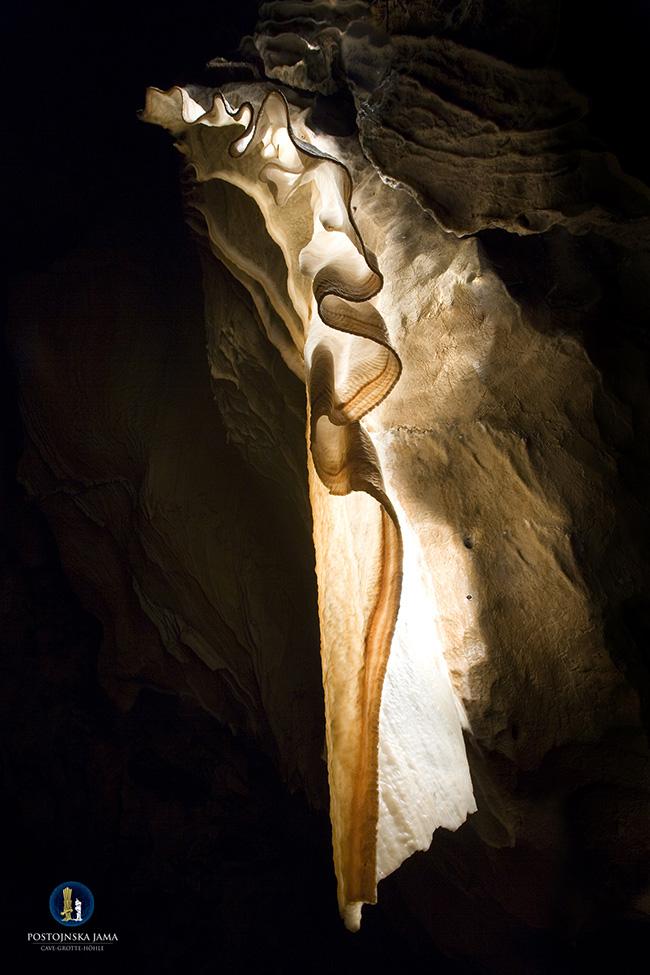 Le Grotte di Postumia: un'incredibile esperienza sotterranea