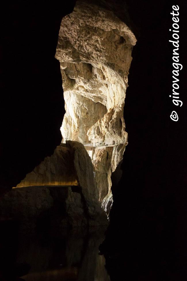 la-slovenia-sotterranea-le-grotte-di-san-canziano